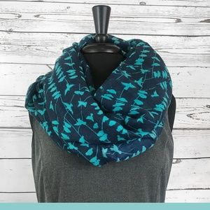 Accessories - Infinity Scarf - Birds on a Wire